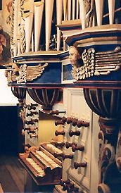Découvrir l'orgue par le disque - Page 4 BasedowDorfkircheConsole